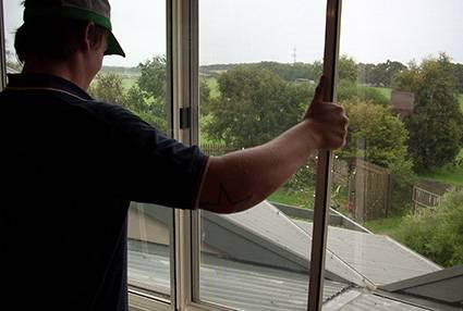 double glazed windows noise reduction
